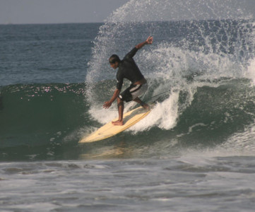 Surfing en Zicatela