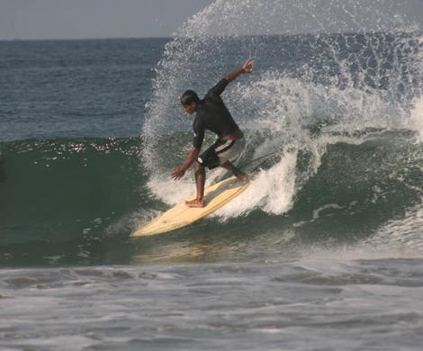 Surfing en Zicatela