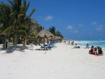 048_Playa_Del_Carmen-beach