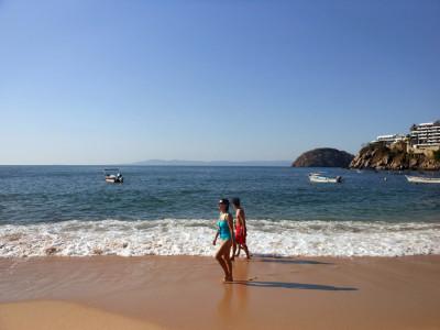 Playa-de-Mismaloya-Puerto-Vallarta-001