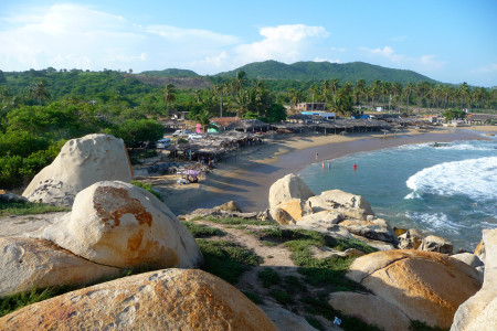 Ventura_Beach_in_Guerrero,_Mexico
