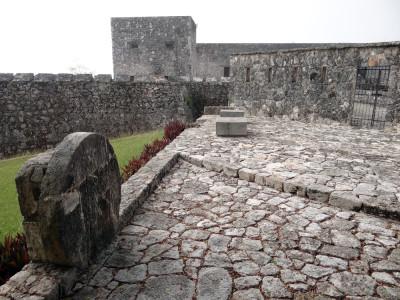 Fort_of_San_Felipe_-_Bacalar_-_Quintana_Roo_-_Mexico_-_07